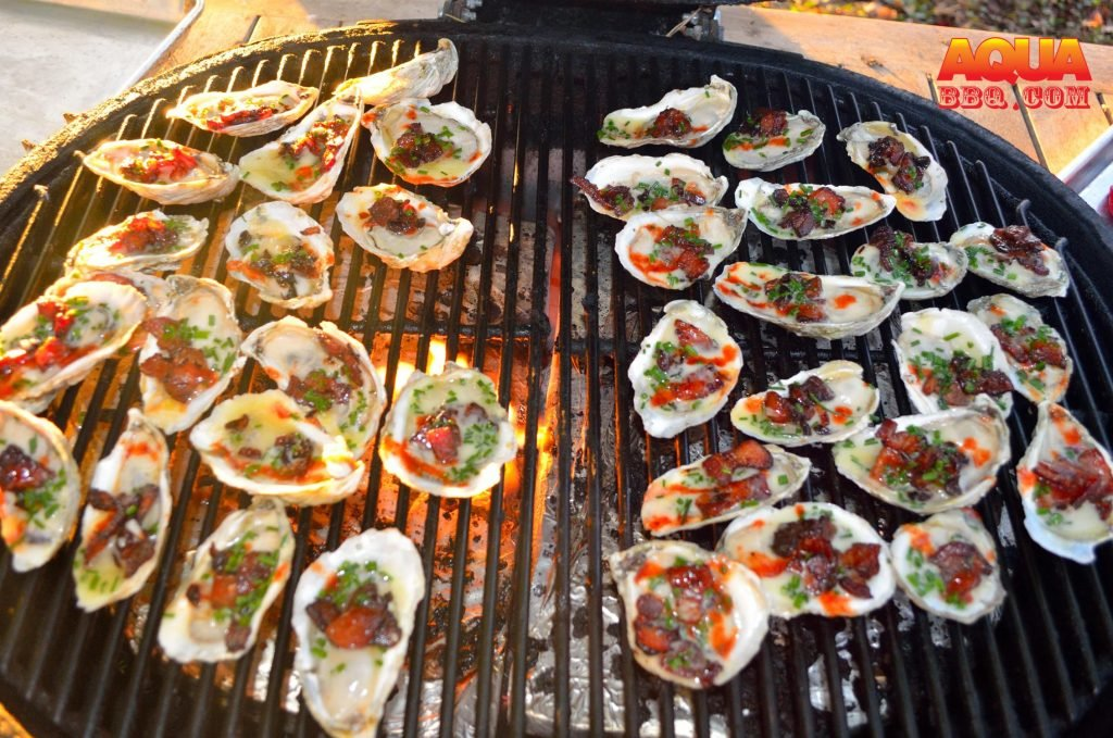 A grill full of oyster goodness.