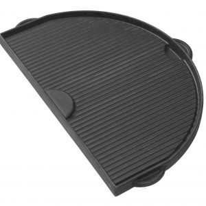 A cast iron griddle with grooves for the XL 400